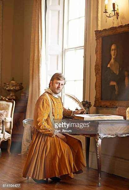 the duties of nobility - koning koninklijk persoon stockfoto's en -beelden