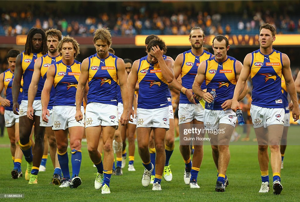 AFL Rd 2 - Hawthorn v West Coast : News Photo