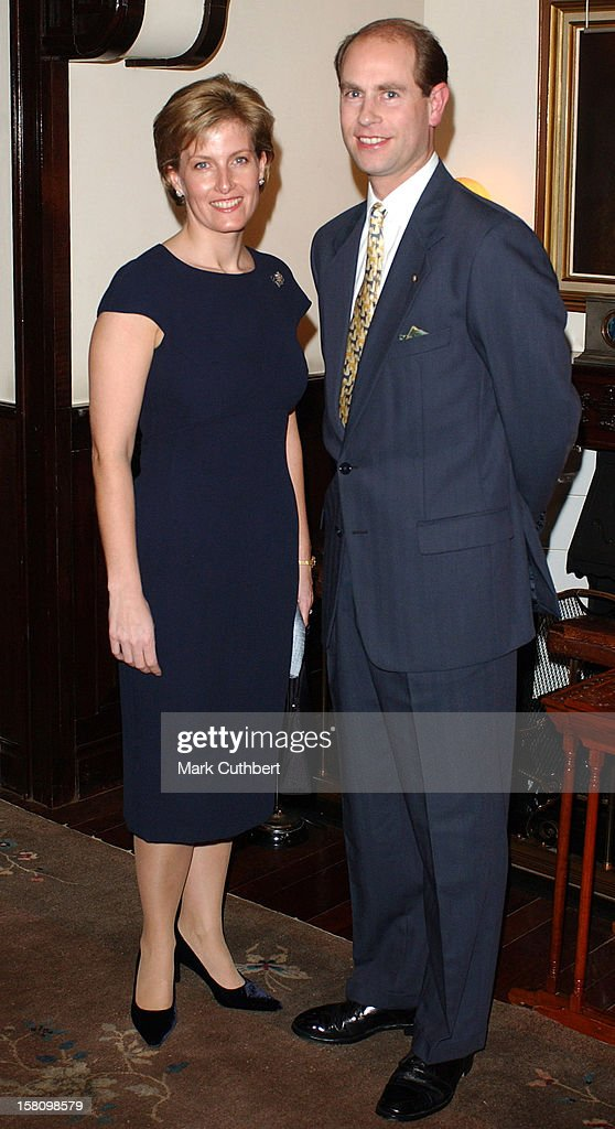 The Earl & Countess Of Wessex Visit Hong Kong : Foto jornalística