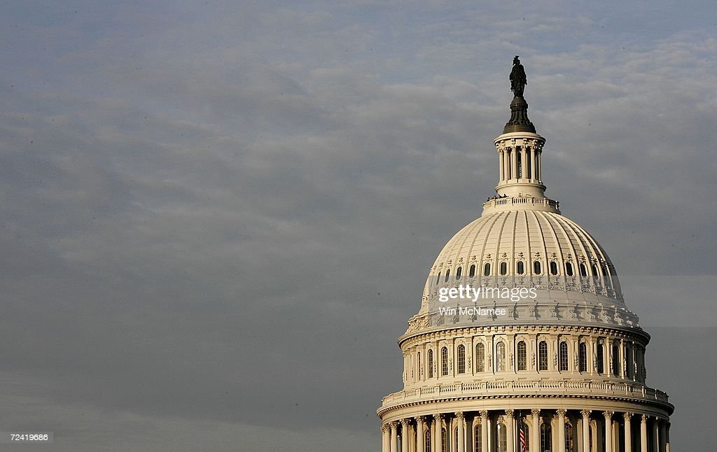 Balance Of Power At Stake As Midterm Elections Draw Near : ニュース写真