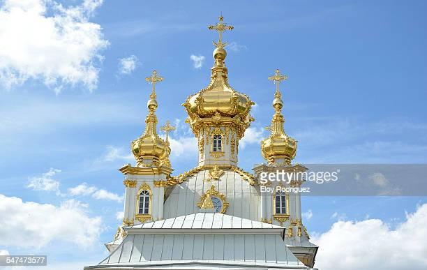 the east chapel in peterhof 2 - groot paleis peterhof stockfoto's en -beelden