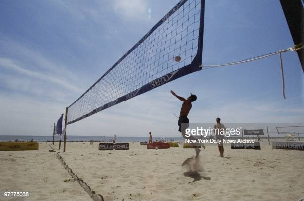 The East End Volleyball Tournament Gets Under Way At Coney Island Beach