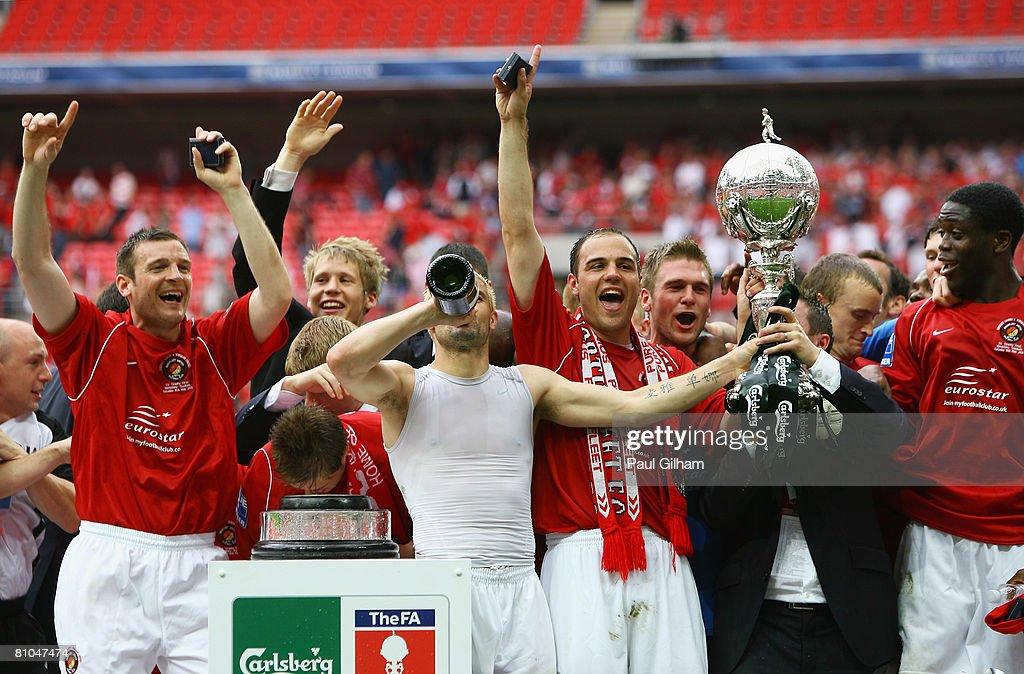 Ebbsfleet United v Torquay United - FA Trophy Final : News Photo
