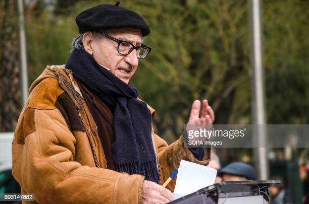 The economist and member of the symbolic list Vicenç Navarro during his speech to support the candidacy of Xavier domènech for Catalunya...