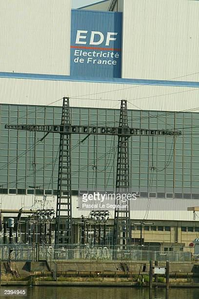 The EDF electric generator of Porcheville is seen on the bank of the Seine river on August 12 outside Paris France Soaring temperatures has caused...