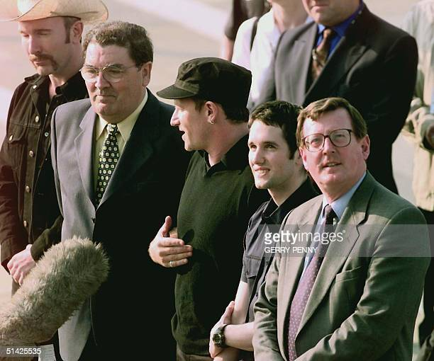 U2 The Edge SDLP leader John Hume Bono lead singer with Irish rock group U2 Tim Wheeler with Ash and Ulster Unionist leader David Trimble as they...