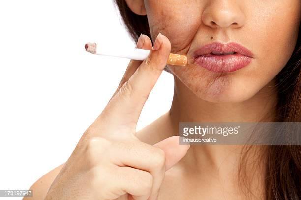 Los efectos de tabaquismo (área sobre la cara es de