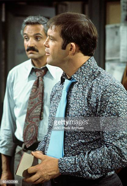 MILLER The Election 10/21/76 Hal Linden Max Gail