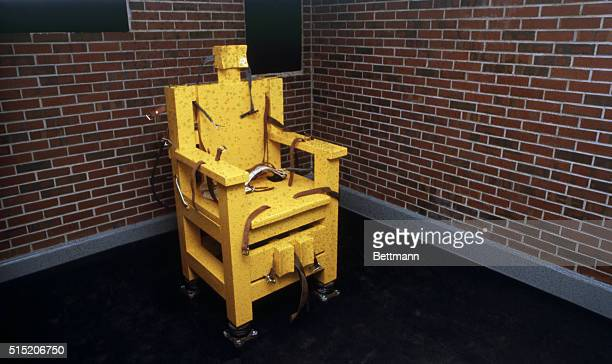 The electric chair at Holman Prison in Atmore Alabama USA This electric chair will be used to execute prisoner John Louis Evan | Location Atmore...