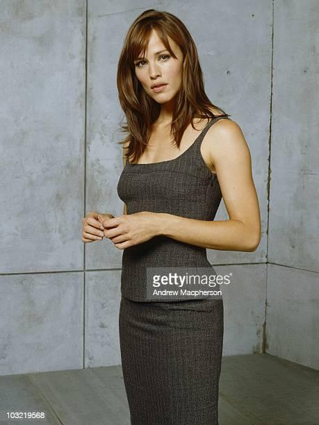 101062_0228 ALIAS The electrifying Emmy Award winning spy drama ÒAliasÓ returns for an emotionally gripping fourth season Jennifer Garner stars in...