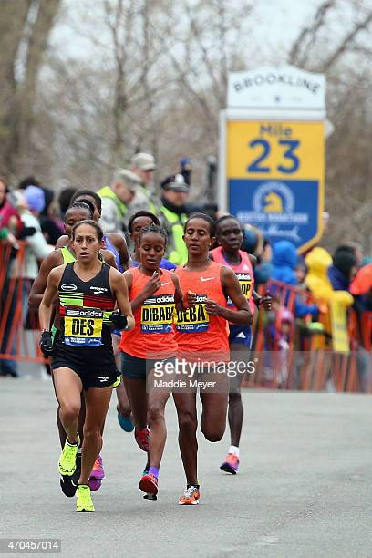 The Elite Women begin their 23rd mile led by Desiree Linden of the United States during the 119th Boston Marathon on April 20 2015 in Boston...
