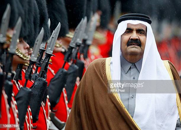 The Emir of Qatar Sheikh Hamad bin Khalifa al Thani is greeted on October 26 2010 in Windsor England The Sheikh is on a two day State visit to the UK...