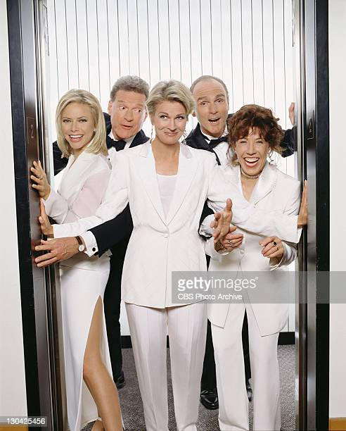 The Emmy Awardwinning comedy MURPHY BROWN continues to follow the life of outspoken and opinionated reporter Murphy Brown and her coanchor colleagues...