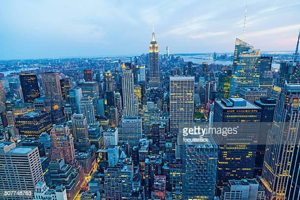 L'Empire State building et le panorama de manhattan à New York