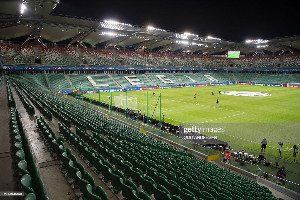 FBL-EUR-C1-LEGIA-WARSAW-REALMADRID : News Photo