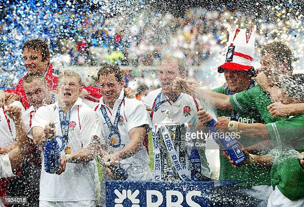 The England team celebrate after winning the RBS Six Nations Championship match between Ireland and England held on March 30 2003 at Lansdowne Road...