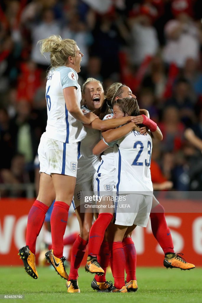 The England team celebrate victory after the UEFA Women's Euro 2017 Quarter Final match between France and England at Stadion De Adelaarshorst on July 30, 2017 in Deventer, Netherlands.