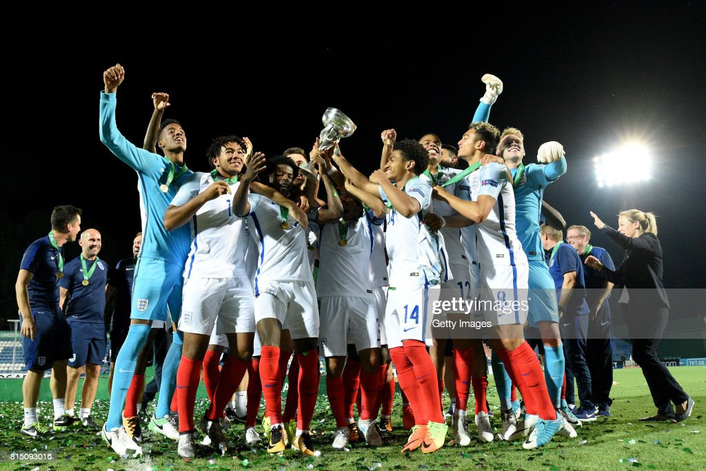 The England Team celebrate with the trophy after winning the UEFA European Under-19 Championship Final between England and Portugal on July 15, 2017 in Gori, Georgia.
