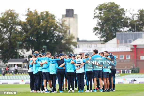 The England team create a huddle prior to the 5th One Day International match between England and New Zealand at The Spitfire Ground on September 26,...