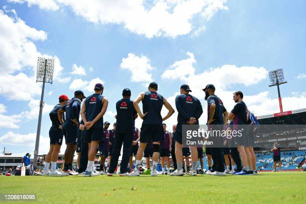 The England team huddle for a team talk ahead of the Third T20 International match between South Africa and England at Supersport Park on February 16...