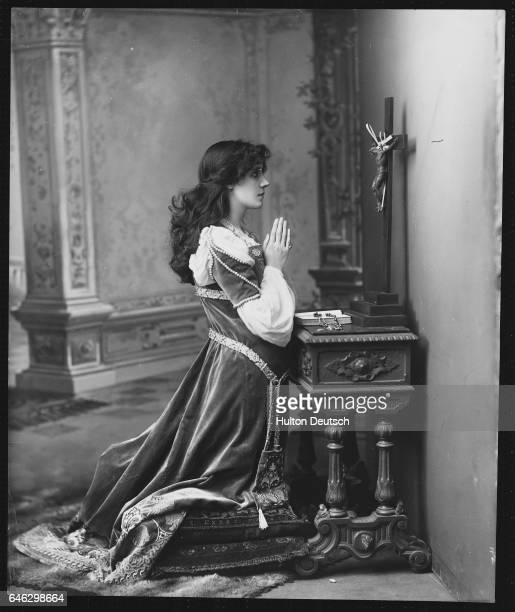 The English actress Mrs Patrick Campbell nee Beatrice Stella Tanner in Shakespeare's Romeo and Juliet at the Lyceum in London 1895