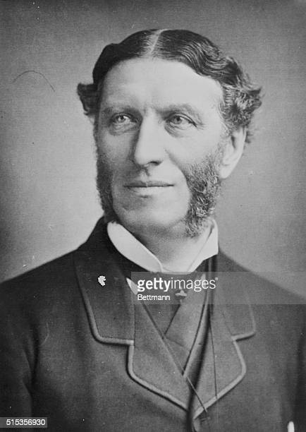 The English and poet and master of literary criticism, Matthew Arnold , Professor of Poetry at Oxford University from 1857 to 1867.