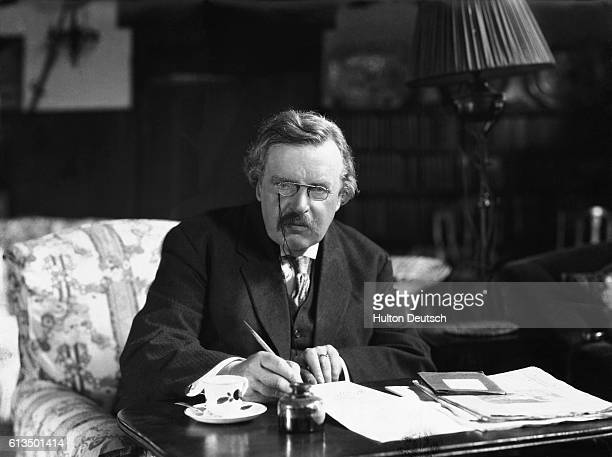 The English critic novelist and poet GK Chesterton He published a great deal but achieved the greatest popular success with his detective novels and...