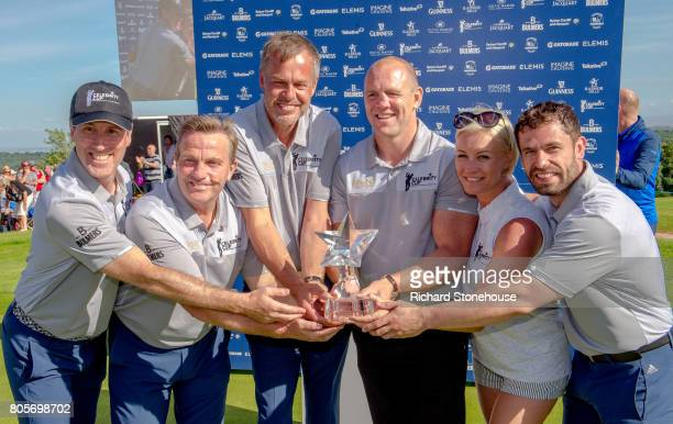 The English Team Anton Du BekeBradley Walsh Peter JonesMike Tindall Denise Van Outen and Kelvin Fletcher with the winners trophy on day two of the...