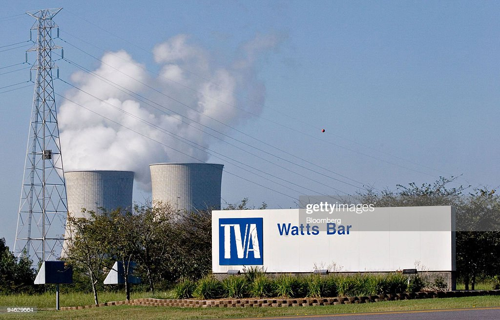 The entrance to Watts Bar Nuclear Plant in Watts Bar, Tennes : News Photo