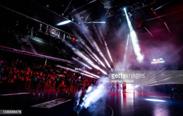 The entry show of the EHF Handball European League match between Fuechse Berlin and KS Azoty-Pulawy at Max-Schmeling Halle on September 28, 2021 in...