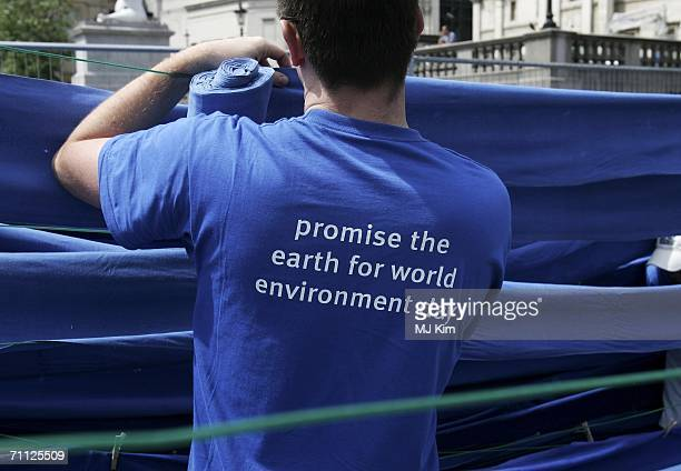 The Environment Agency attempt to set up the world's longest clothesline which is expected to be 34444m long to remark UN World Environment Day in...