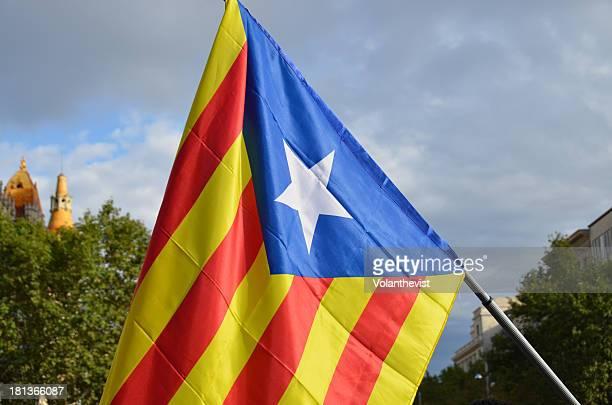 the estelada - catalan pro-independence flag - カタルーニャ独立運動 ストックフォトと画像