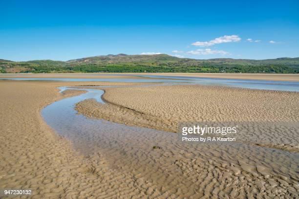 the estuary of the afon dwyryd, porthmadog, wales - gwynedd stock photos and pictures