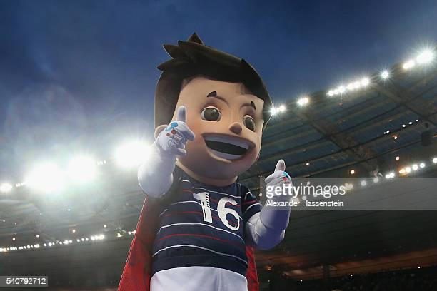 The Euro 2016 mascot Super Victor is seen prior to the UEFA EURO 2016 Group C match between Germany and Poland at Stade de France on June 16 2016 in...