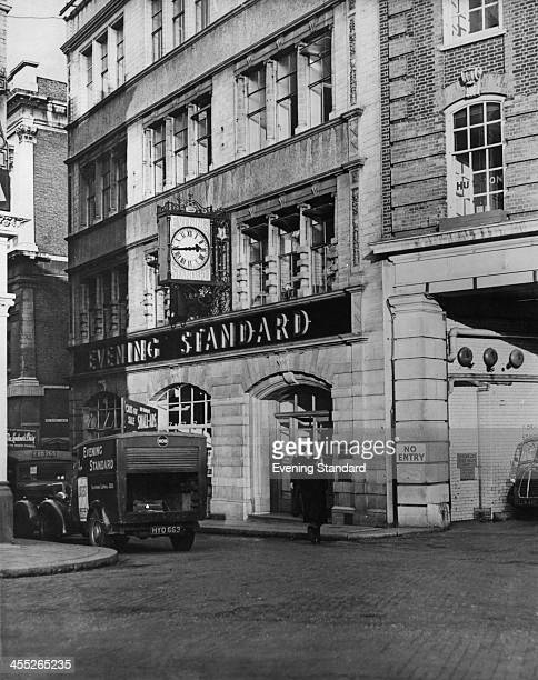 The Evening Standard offices in Farringdon London January 1954