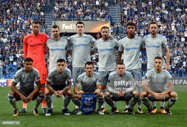 The Everton team posefor a photo before during the UEFA Europa League group E match between Atalanta and Everton FC at Stadio Citta del Tricolore on...