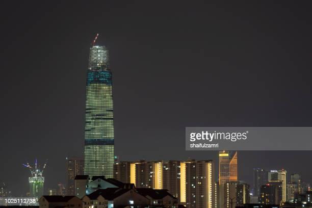 the exchange 106 (formerly trx signature tower) is a skyscraper under construction within the tun razak exchange (trx) area in kuala lumpur, malaysia. - shaifulzamri 個照片及圖片檔