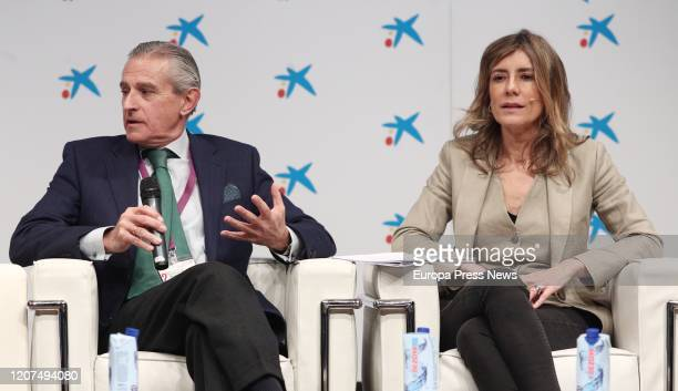 The Executive President of Europa Press and Vice President of SERES Foundation, Asis Martin de Cabiedes and the wife of the president of the...