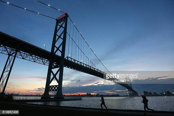 WINDSOR ON JUNE 12 The existing Ambassador Bridge currently almost all traffic moves over this bridge with a small amount through the tunnel The new...