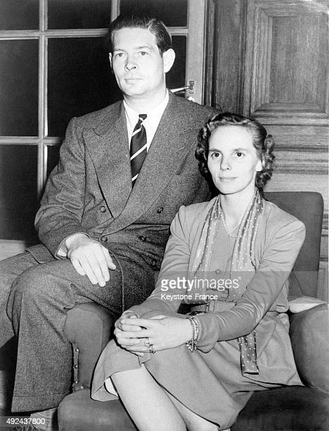 The exKing Michael I of Romania and his wife Queen Anne in their home in Ayot House on September 23 1952 in Welwin United Kingdom