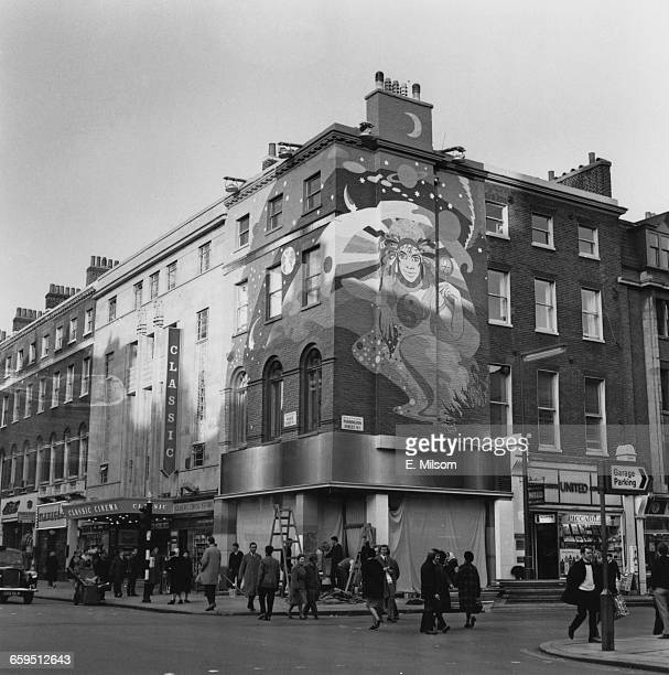 The exterior of the Apple boutique run by the Beatles' Apple Corps on the corner of Baker Street and Paddington Street London on the day of its...