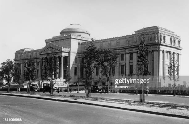 The exterior of the Brooklyn Museum, an art gallery on Eastern Parkway in the borough of Brooklyn in New York City, New York, 1925. Designed by...