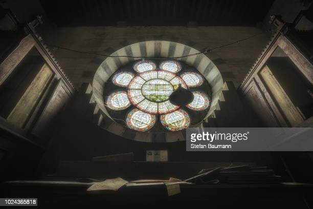 the eye of the raven - clock tower stock pictures, royalty-free photos & images