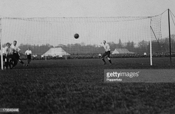 The FA Cup final between Sheffield United and Derby County at Crystal Palace London UK 15th April 1899 Sheffield United won 41 Here Sheffield's Billy...