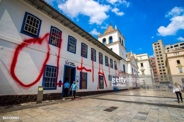 The facade of the Patio do Colegio, a building of great historical importance located in the center of São Paulo, dawned on 10 April 2018. The phrase...
