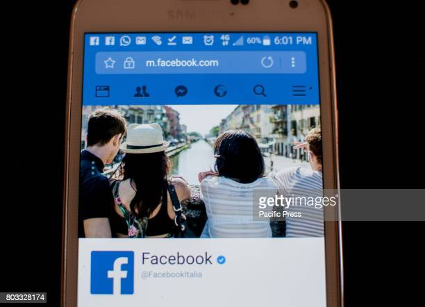 The Facebook social network has reached two billion active users per month Monthly active users in Italy are about 30 million Every day 800 million...