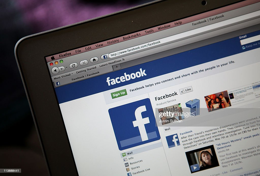 Facebook's Influence In Consumer Consumption Of News Growing : News Photo