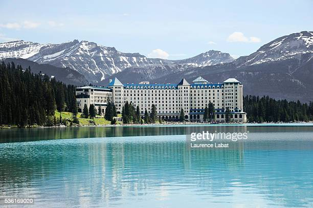 the fairmont chateau lake louise - chateau lake louise - fotografias e filmes do acervo