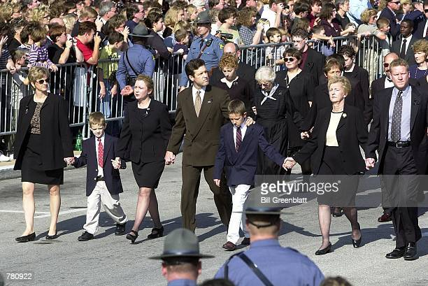 The family of the late Missouri Governor Mel Carnahan lead a processional to the south lawn of the Missouri State Capital building October 20 2000 in...