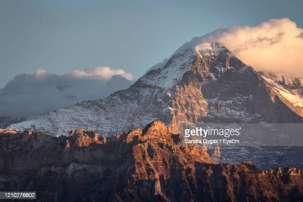 the famous eiger nordwand in grindelwald, switzerland - sandra gygax stock-fotos und bilder